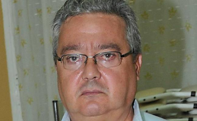 Antonio Gil repite al frente de la federación vecinal bajo la amenaza de la impugnación