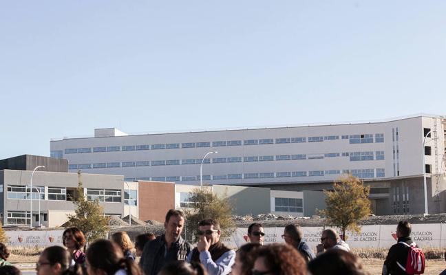 La segunda fase del Hospital de Cáceres se licitará en 2018