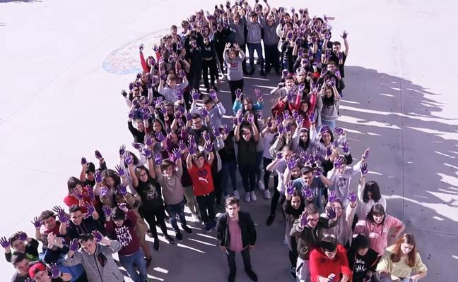 Alumnos emeritenses graban un corto con motivo del Día contra la Violencia de Género