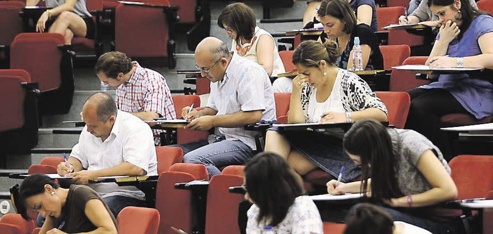 Educación convocará la oposición de Secundaria con 1.200 plazas en 2018