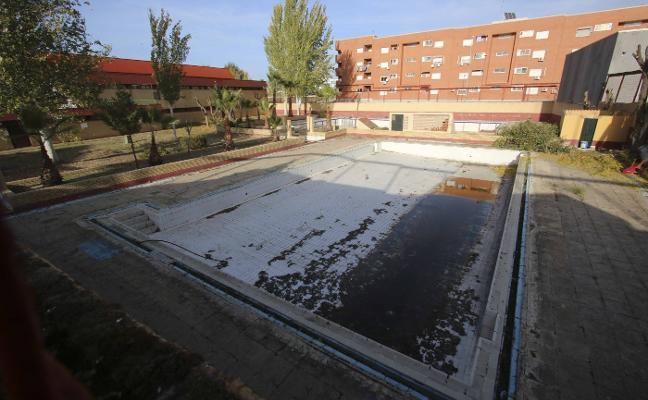 El gobierno local confirma que aún valora la viabilidad de reabrir la piscina de La Paz