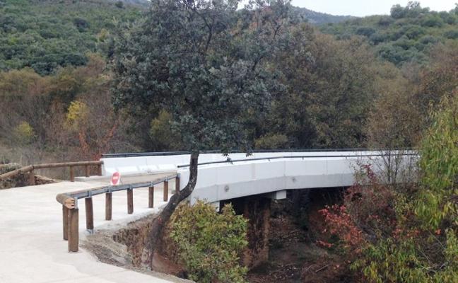 La Junta ha construido un nuevo puente sobre el río Ibor