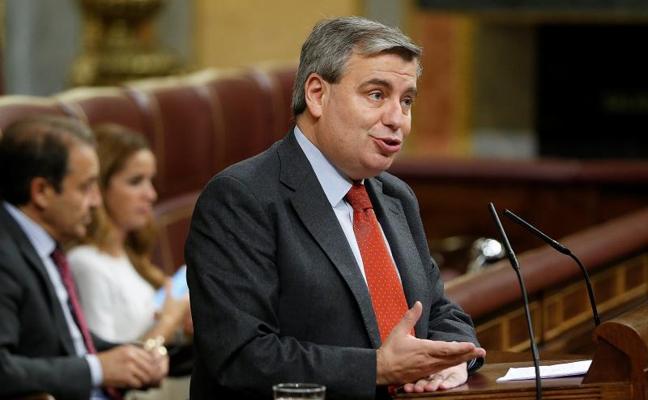 El debate sobre el 155 en el Congreso deriva en un intercambio de insultos