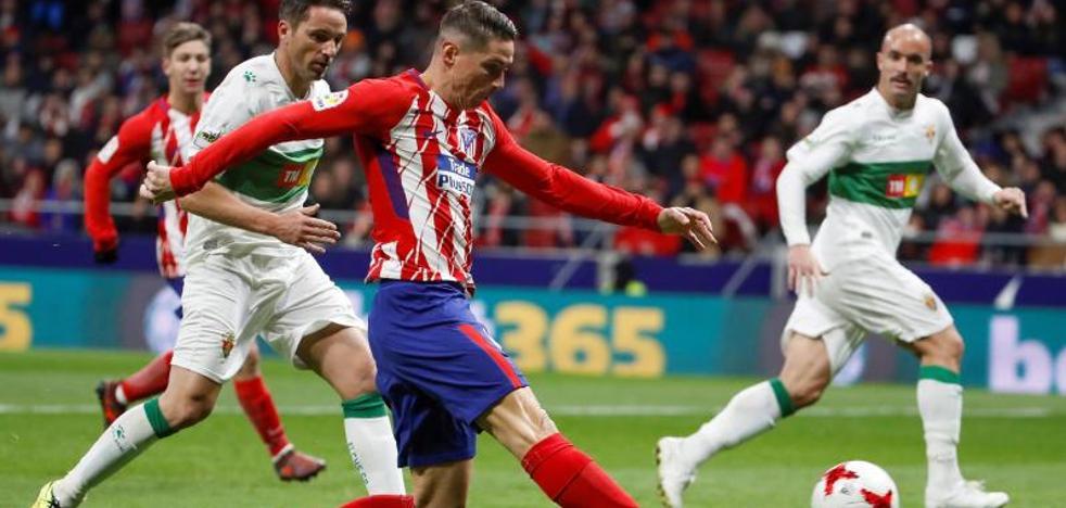 Torres se reivindica en otra noche negra de Vietto