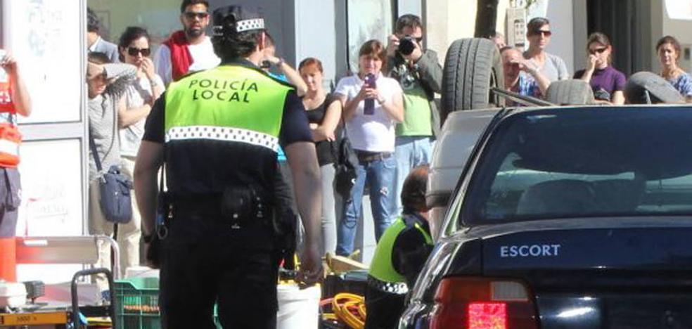 El Gobierno también considera ilegal la ley extremeña de policías locales