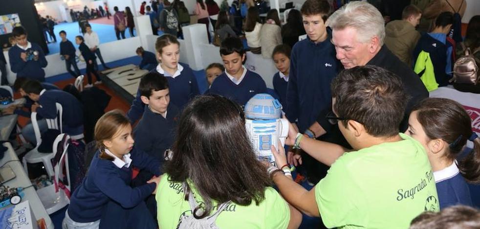 La feria internacional de robótica de Badajoz reúne a 5.000 niños de nueve países