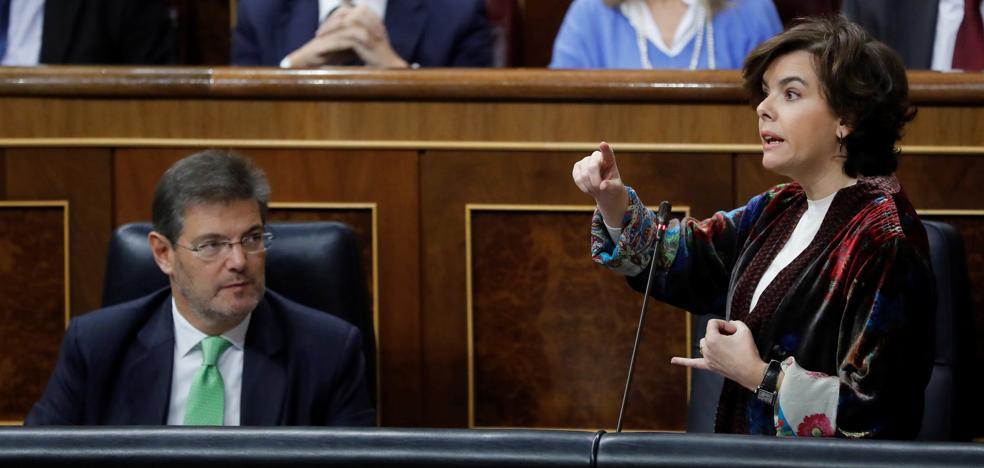 Santamaria, a Domènech: «Solo le falta aceptar el 155 para ser igual que ellos»