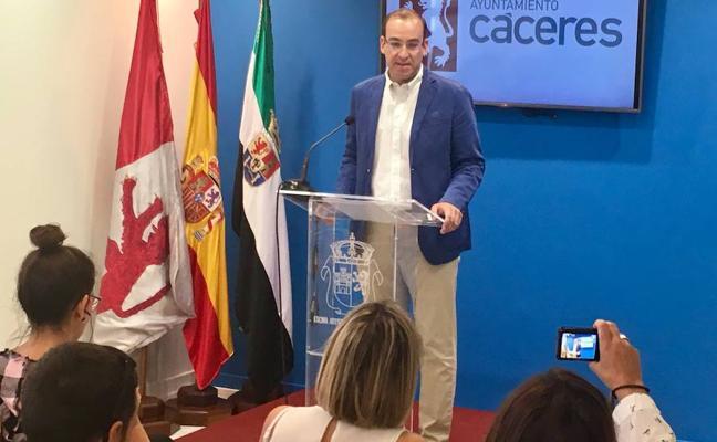 Cánovas lucirá una bandera de España gigante