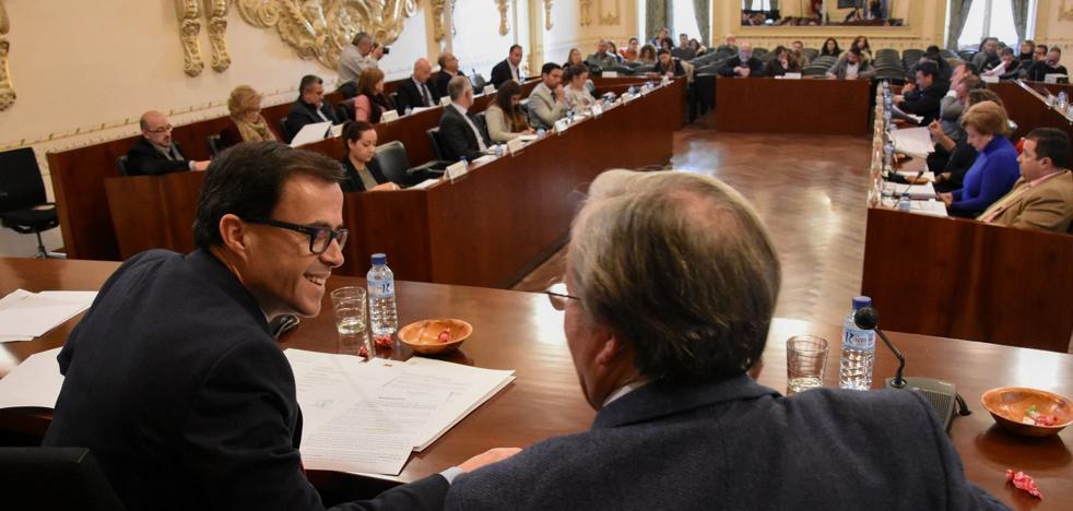 Gallardo quiere ahora que la Iglesia borre también los vestigios de Franco