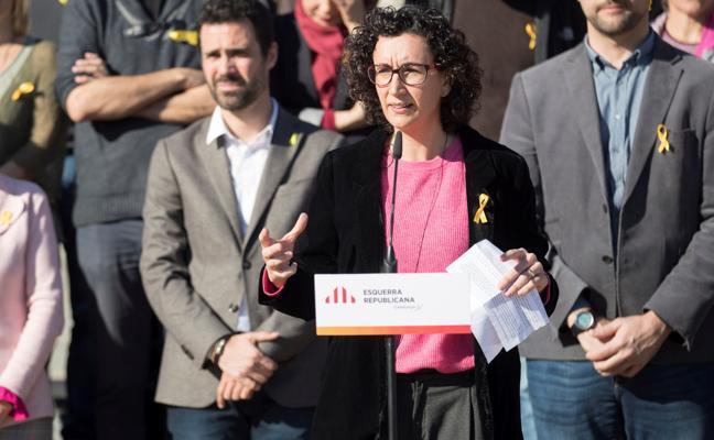 Rovira: «Nosotros defendemos pacíficamente la democracia y ellos la imponen encarcelando»
