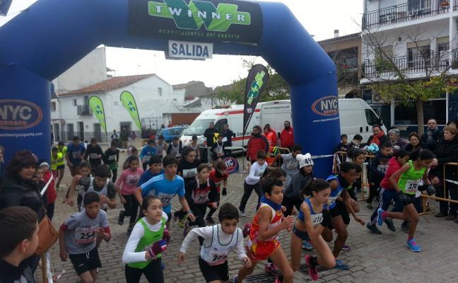 La Carrera de Navidad de Almaraz repartirá 360 euros en premios