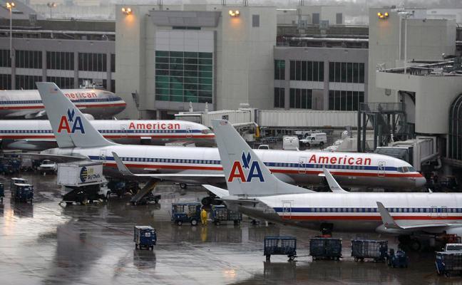 American Airlines cierra un acuerdo con sus pilotos para no cancelar ningún vuelo en Navidad