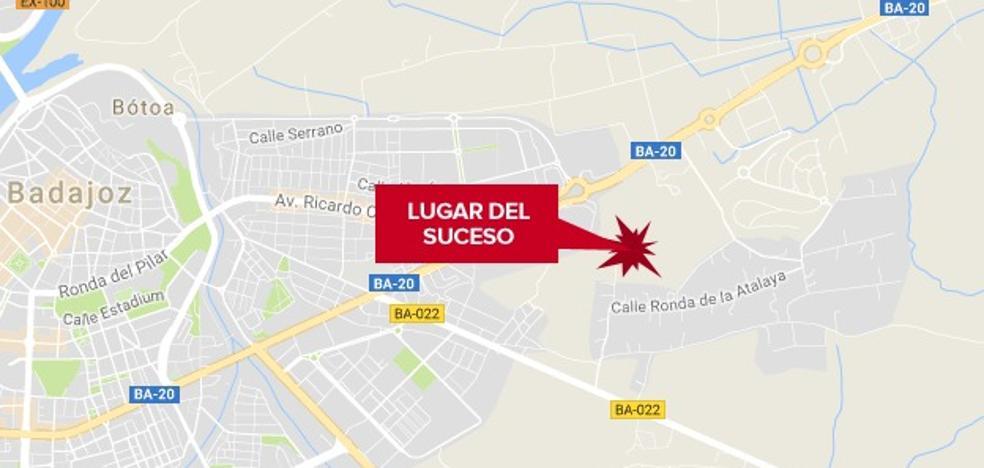 Herido un motorista al sufrir un accidente cerca de Badajoz