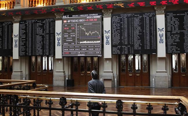 El Ibex-35 recupera lo perdido el pasado viernes y los 10.200 puntos