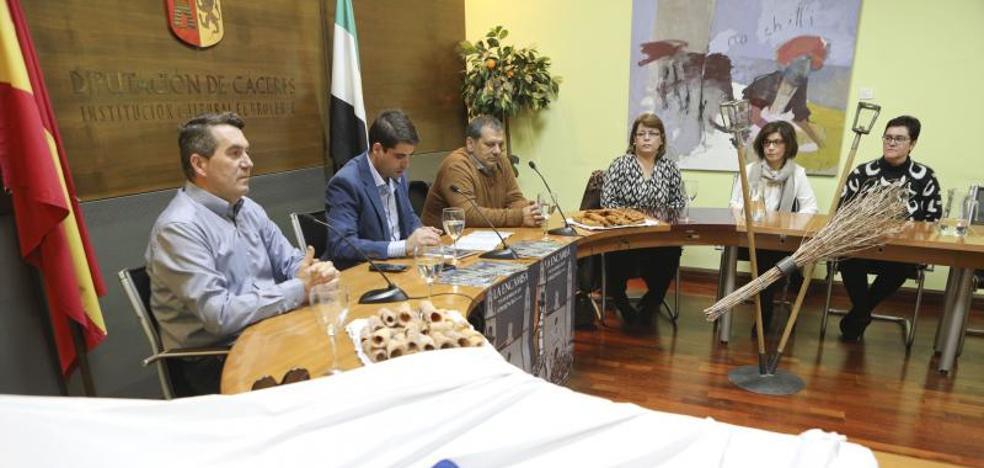Torrejoncillo celebra este jueves la 'Encamisá', que une fe y costumbres