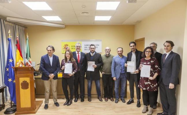 La Fundación Valhondo de Cáceres invierte 46.000 euros en cuatro becas de investigación