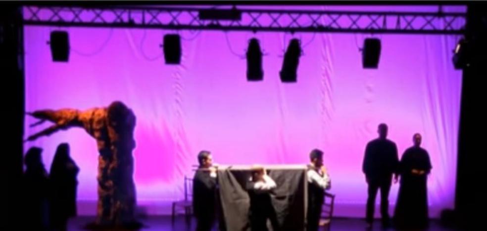 D'Rule lleva teatro a diez pueblos pacenses durante el puente