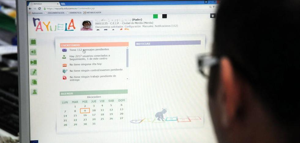 UGT denuncia «graves» incidencias informáticas en la Plataforma Rayuela y la web Educarex