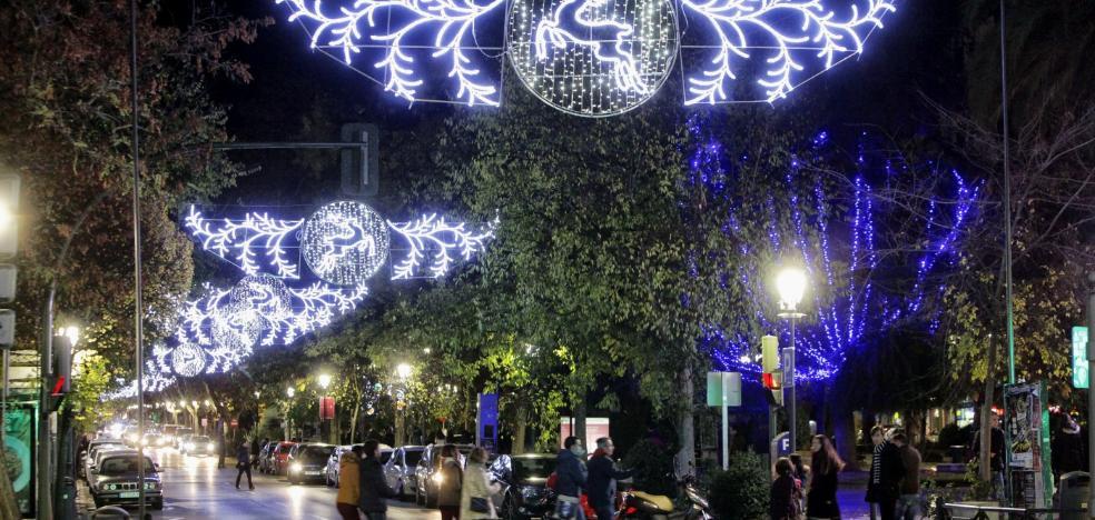 Nevado dice que las luces navideñas no pueden llegar a toda la ciudad