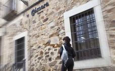 La Cámara de Comercio de Cáceres y MicroBank cooperan para potenciar el autoempleo
