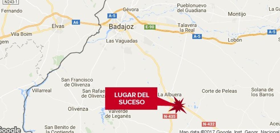 Una colisión entre dos camiones cerca de La Albuera provoca cortes en la N-432