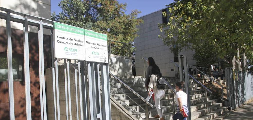 El desempleo encadena nueve meses por debajo de los 10.000 parados en Cáceres