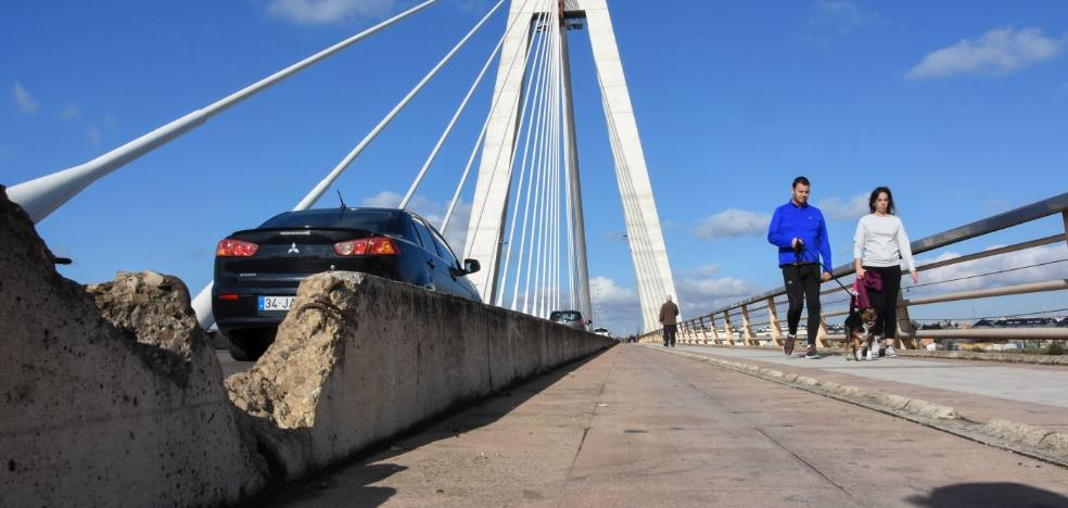 La Junta revisa el estado de los puentes Real y de la Autonomía