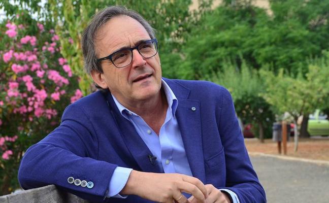 Carlos Pajuelo: «A los niños hay que ponerles límites, nuestra sociedad tiene normas»