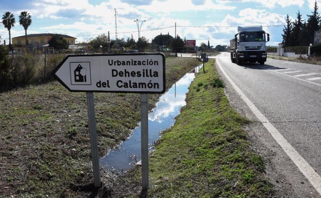 La Junta construirá este año la rotonda de acceso a la Dehesilla del Calamón