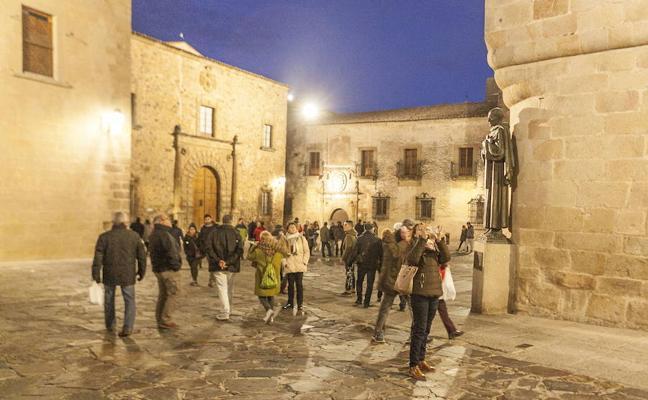 El sector turístico destaca la ocupación y el gasto medio de los visitantes en el puente