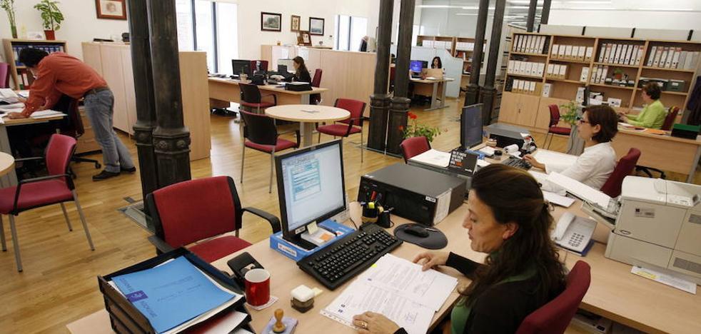 UGT cree «insuficiente» la subida salarial del 1,5% para los funcionarios extremeños