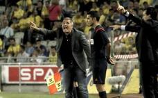 El Sporting destituye a Paco Herrera tras seis jornadas sin ganar