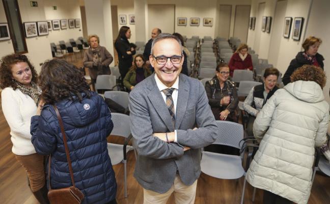 Conferencia de Carlos Pajuelo sobre la educación de los hijos