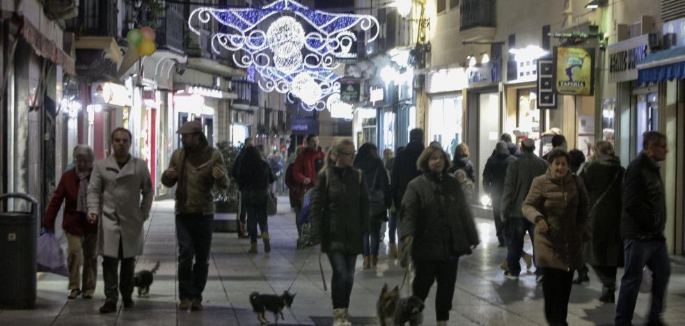 El PSOE reclama proyectos para que se reactive el comercio local de Cáceres