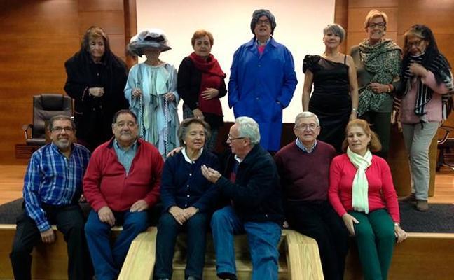 Los mayores de la UEx ponen en escena 'Cuento de Navidad'