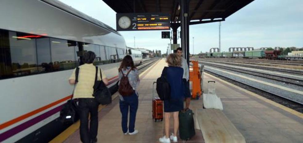 Fomento pide un «margen de credibilidad» sobre las obras de la línea del AVE Madrid-Extremadura