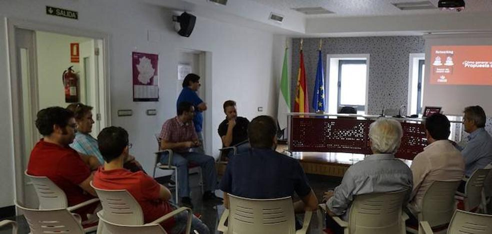 El proyecto 'NetworkingCID' fomenta en Zafra el comercio electrónico para pymes