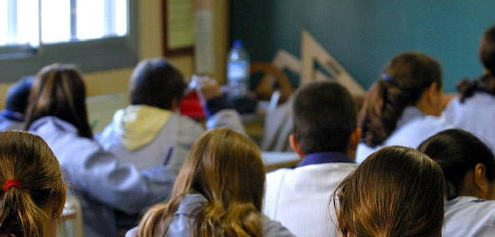 La concertada denuncia su exclusión de programas de mejora en la enseñanza