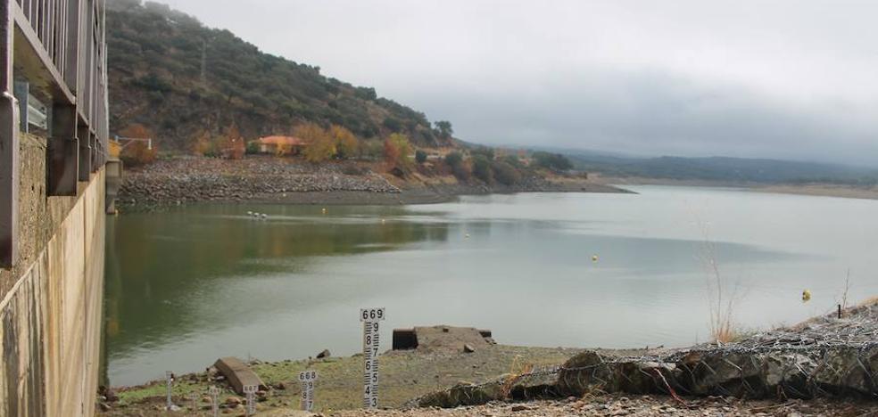 Las últimas lluvias no mejoran el estado del embalse de Tentudía