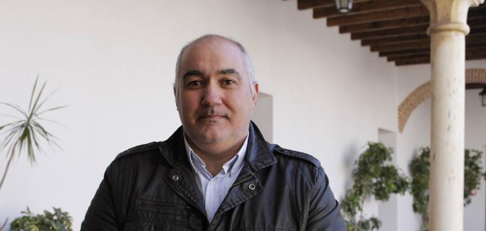 Los doce empresarios de los locales del mercado de abastos de Zafra crean una asociación