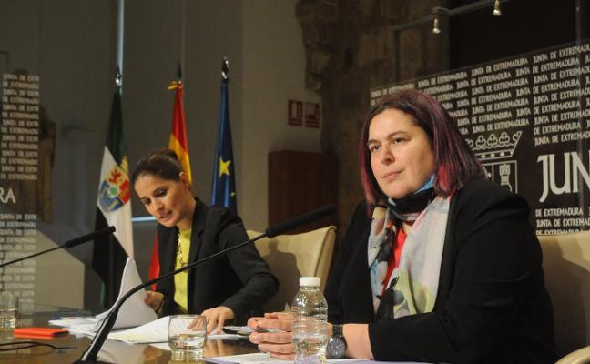 La Junta reclama a Renfe que cambie los trenes que circulan por la región