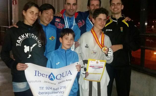 El gimnasio Tae Guk Kim de Mérida se trae dos medallas del Nacional