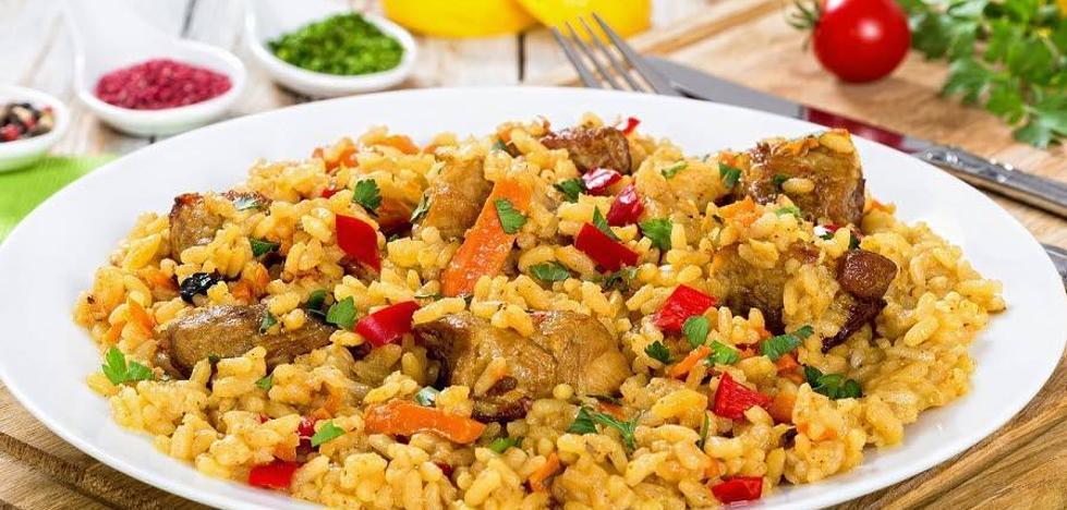 La Universidad de Mayores organiza una comida solidaria