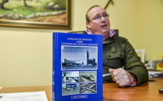 El alcalde de Guadiana del Caudillo ve sectaria la comisión de la Diputación sobre vestigios franquistas