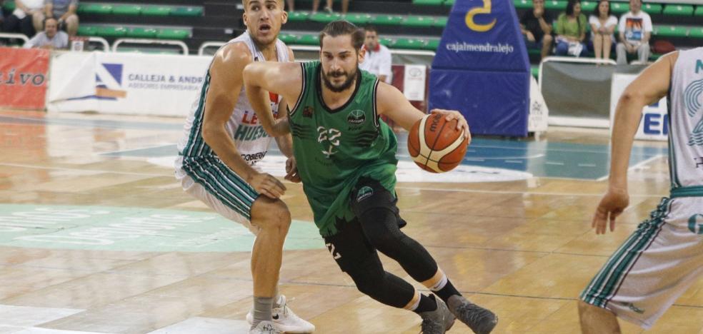 El Cáceres recupera a Rakocevic para recibir mañana al Araberri