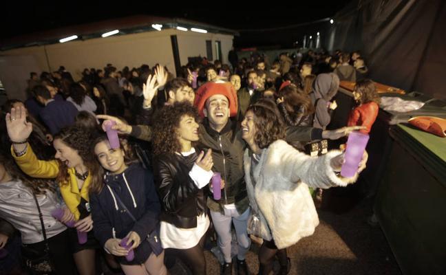 Los jóvenes celebraron en Cáceres la nochevieja por adelantado