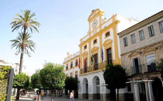 Los funcionarios locales de Mérida cobrarán el 33% de la carrera profesional