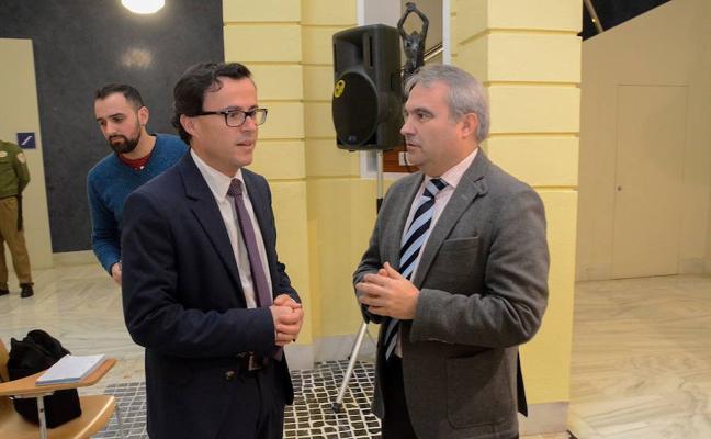 Fragoso: «Los nombres de las calles de Badajoz los deciden sus representantes, no los de Villanueva»