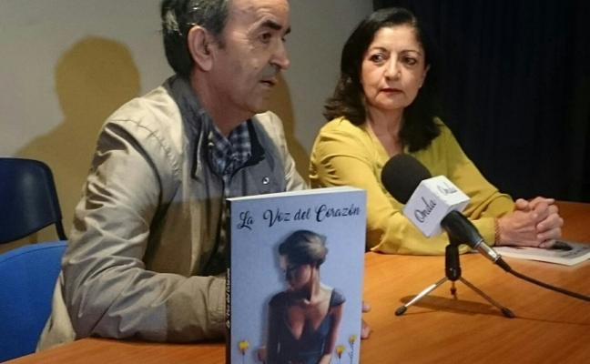 Isidoro Rubio, vecino de Belén, presenta el libro 'La voz del corazón'