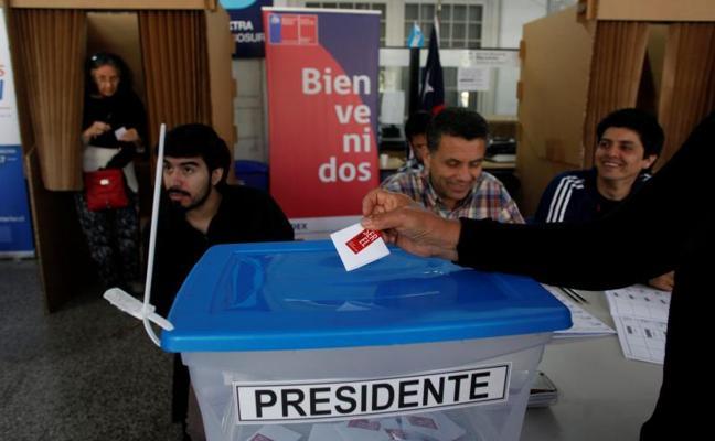 Chile elige presidente en una segunda vuelta de pronóstico reservado